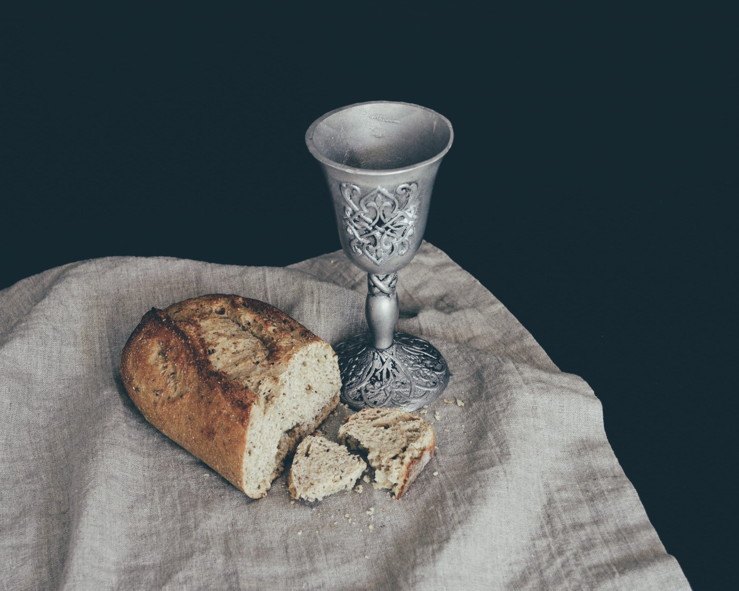 God's People Gather -- The Lord's Supper -- Midweek Message